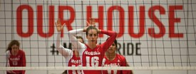 Captain Robitaille leads volleyball Martlets in sweep over Sherbrooke